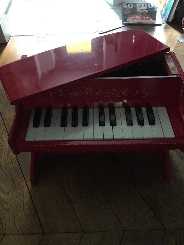 Recyclage, Récupe & Don d'objet : piano jouet pour enfant