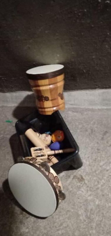 Recyclage, Récupe & Don d'objet : lot d'instruments de musique en bois enfant