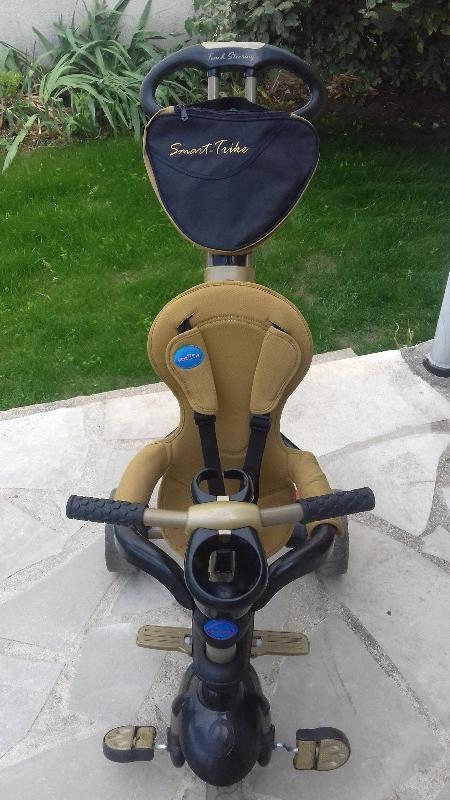 Recyclage, Récupe & Don d'objet : tricycle poussette