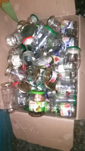Recyclage, Récupe & Don d'objet : carton de bocaux