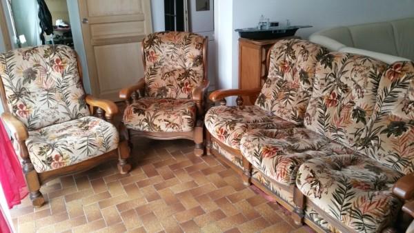 Recyclage, Récupe & Don d'objet : canapé 3 places convertible + 3 fauteuils