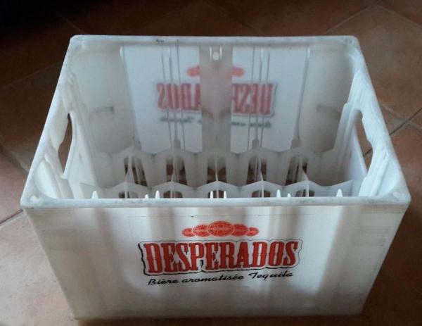 Recyclage, Récupe & Don d'objet : casier à bouteilles