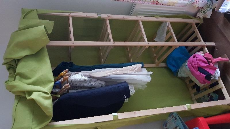 Recyclage, Récupe & Don d'objet : penderie -enfant à donner (déjà démontée)