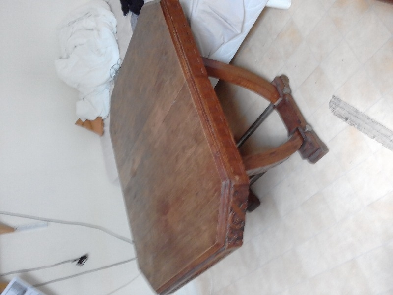 Recyclage, Récupe & Don d'objet : table et deux chaises
