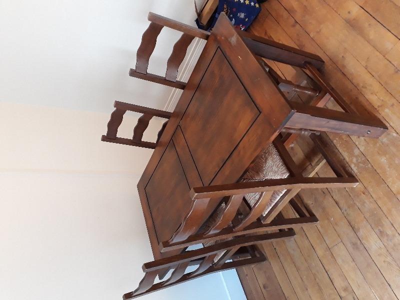 Recyclage, Récupe & Don d'objet : table et 4 chaises