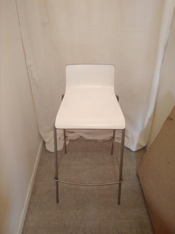 Recyclage, Récupe & Don d'objet : lot de 2 chaises hautes de chez habitat