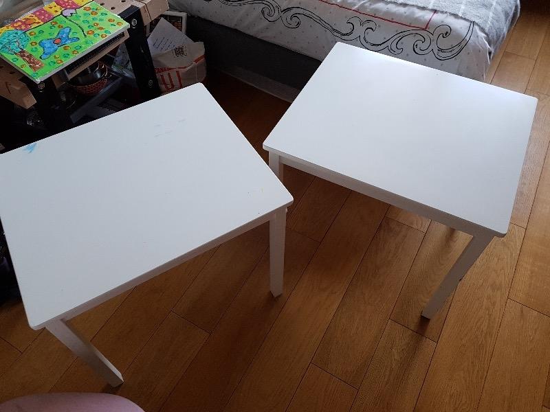 Recyclage, Récupe & Don d'objet : 2 petites tables blanches enfant