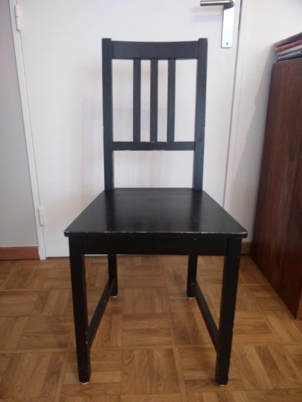 Recyclage, Récupe & Don d'objet : 4 chaises noires (ikea)