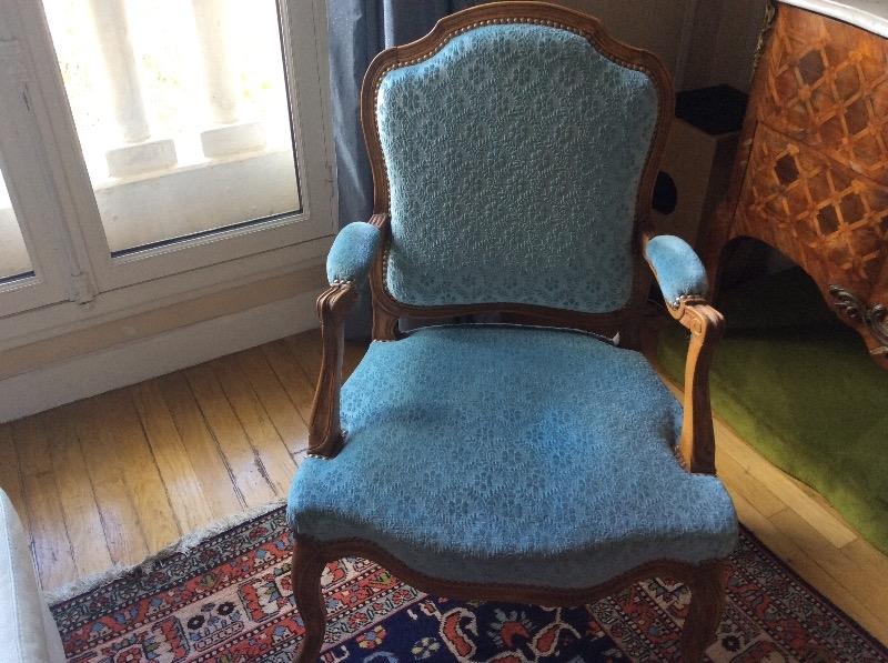 Recyclage, Récupe & Don d'objet : quatre fauteuils copie d'ancien