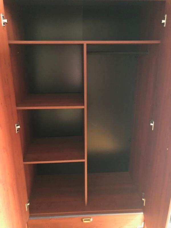 Recyclage, Récupe & Don d'objet : armoire et bibliothèque de chambre d'ado