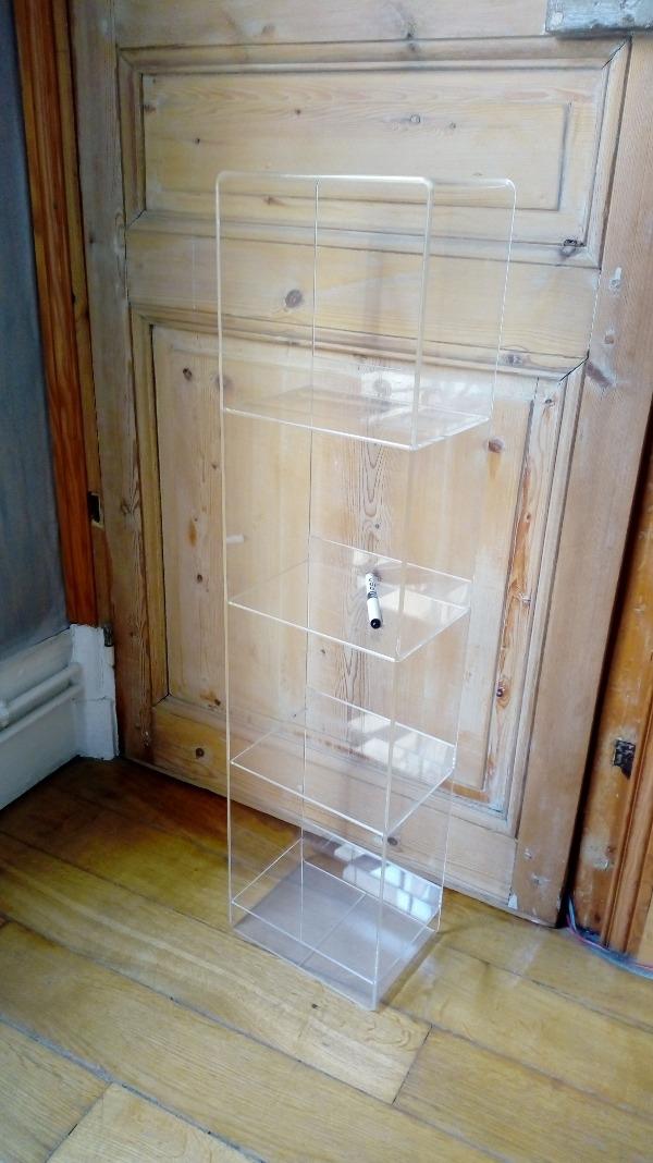 Recyclage, Récupe & Don d'objet : étagère verticale plexi