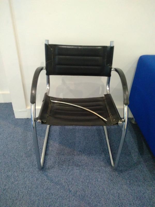 Recyclage, Récupe & Don d'objet : chaise en cuir