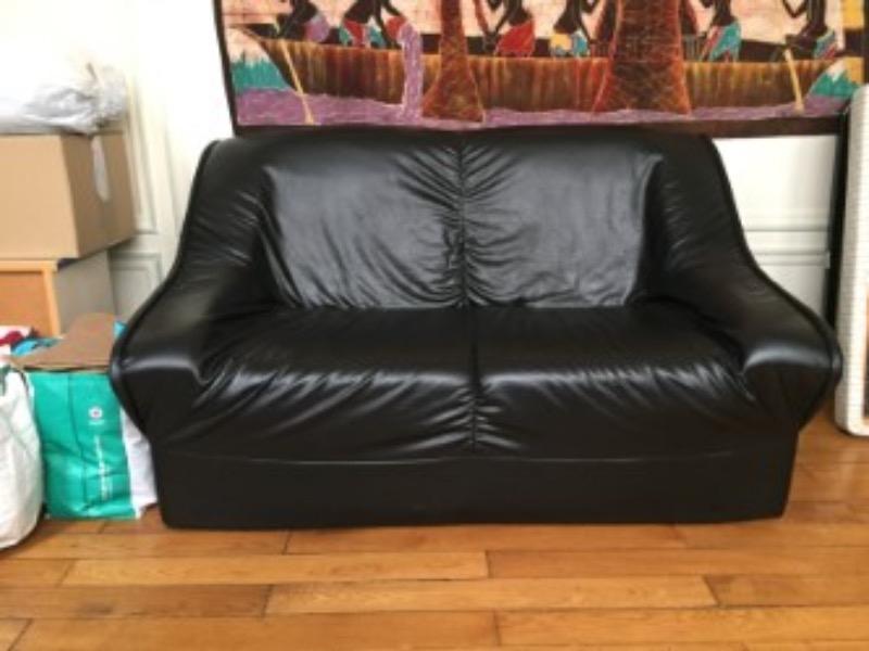 Recyclage, Récupe & Don d'objet : petit canapé noir
