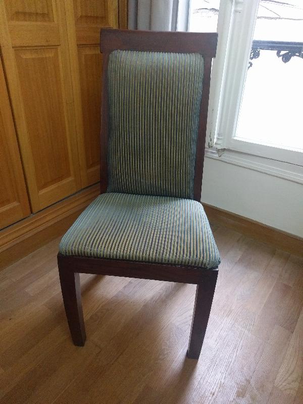 recyclage objet r cupe objet donne chaise refaite r cup rer paris 17eme arrondissement 75. Black Bedroom Furniture Sets. Home Design Ideas