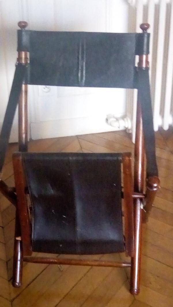 Recyclage, Récupe & Don d'objet : chaise cuir et bois