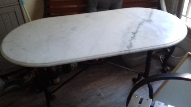 Recyclage, Récupe & Don d'objet : table bistro marbre