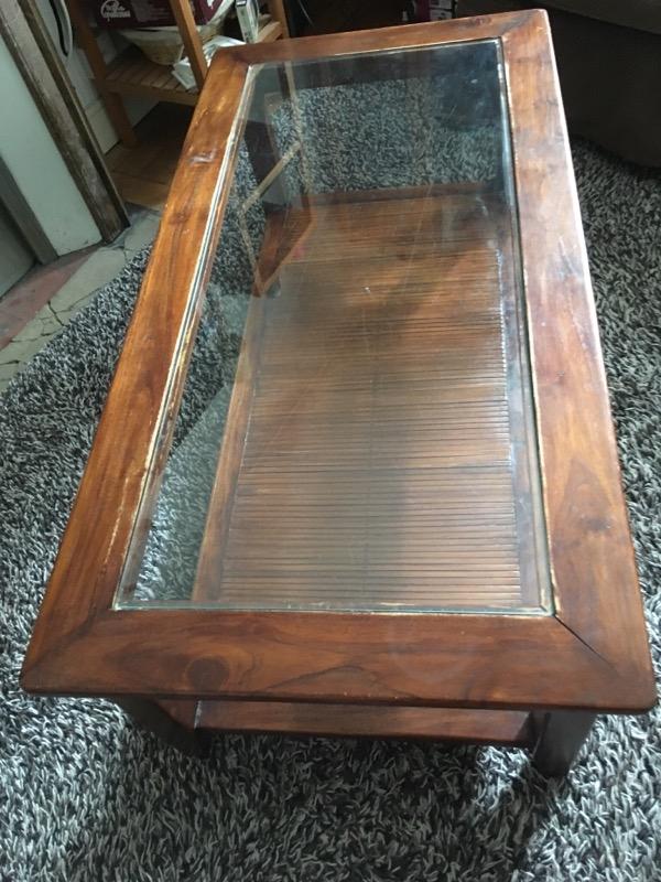 Recyclage, Récupe & Don d'objet : table basse en bois massif