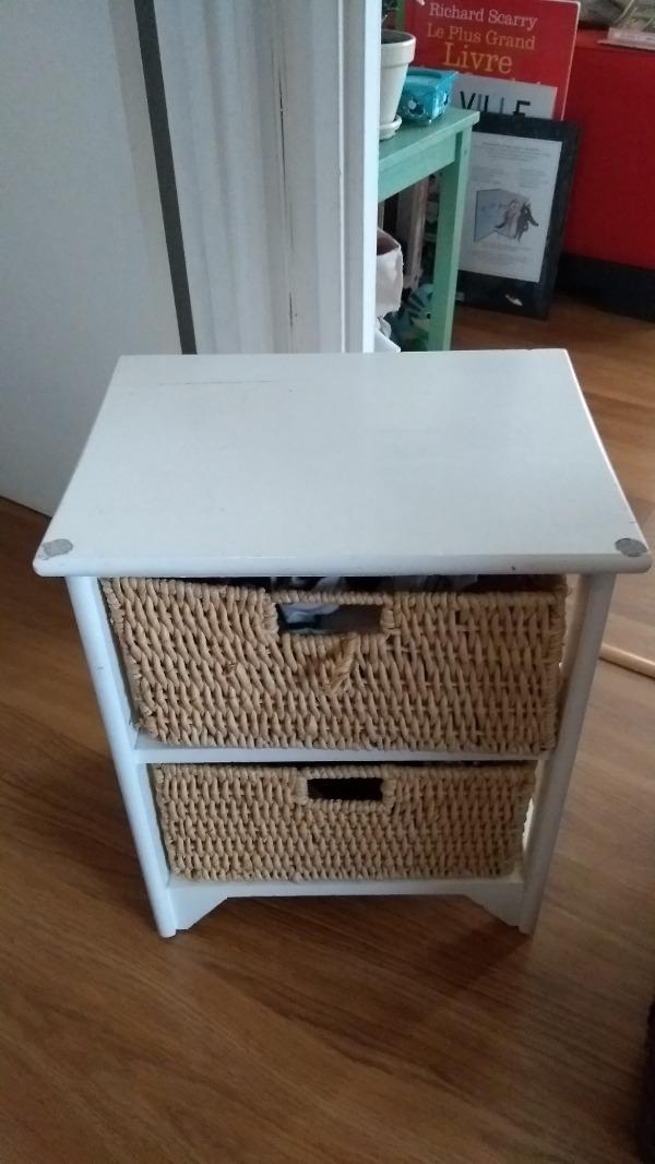 Recyclage, Récupe & Don d'objet : meuble blanc avec tiroirs en chanvre