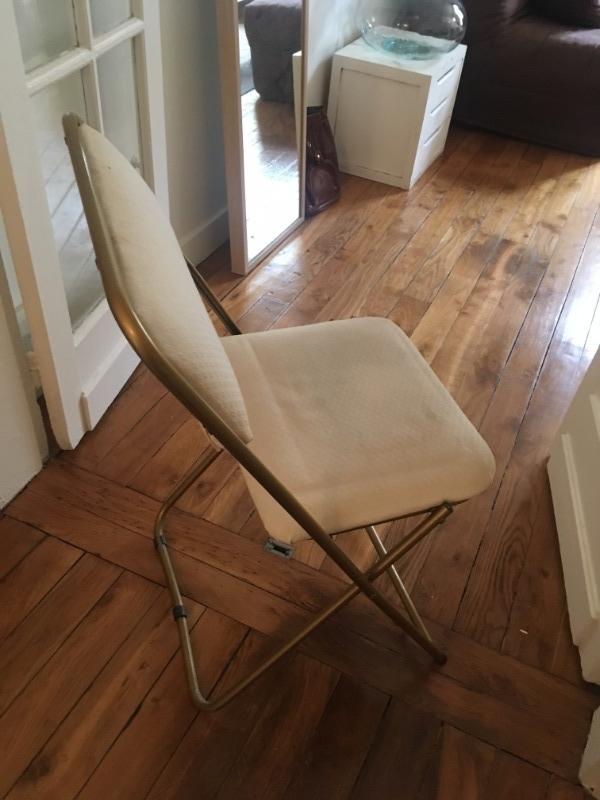 Recyclage, Récupe & Don d'objet : deux chaises pliantes