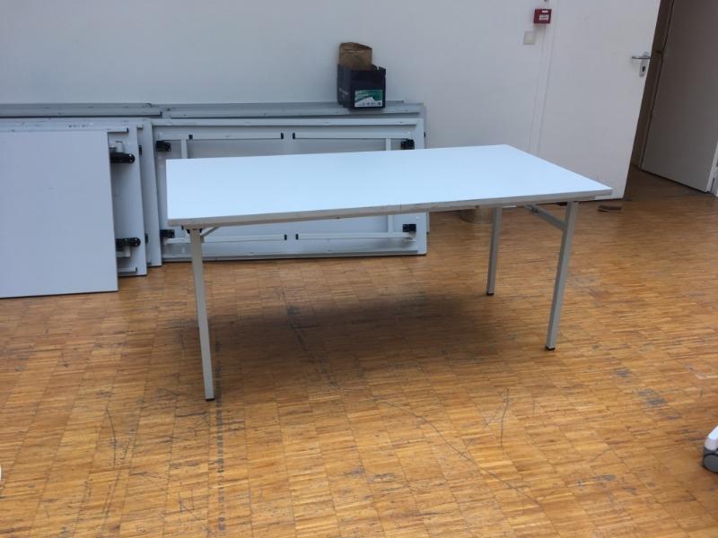 Recyclage, Récupe & Don d'objet : 14 tables 160cm