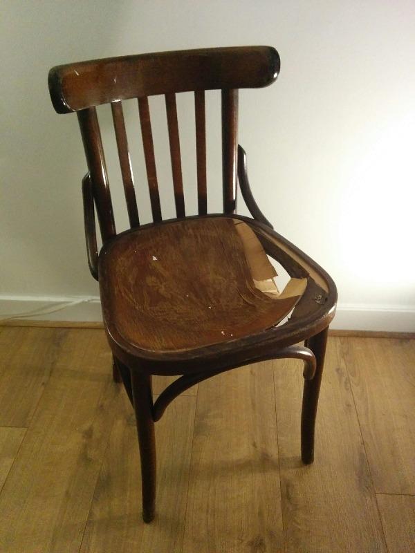 Recyclage, Récupe & Don d'objet : chaise en bois