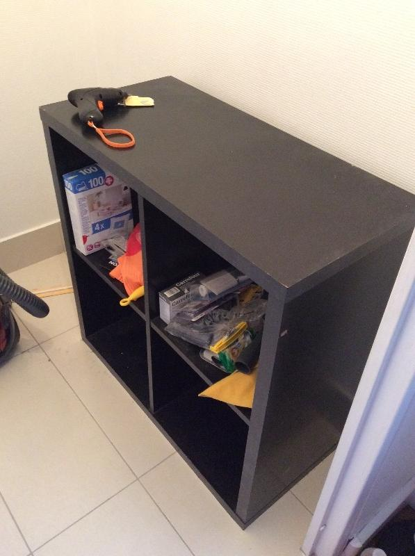 Recyclage, Récupe & Don d'objet : Étagère noire ikea kallax 4 blocs