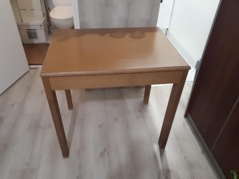 Recyclage, Récupe & Don d'objet : table marron en bois