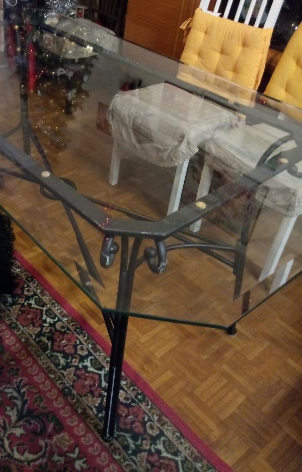 Recyclage, Récupe & Don d'objet : table de fer avec plaque de verre