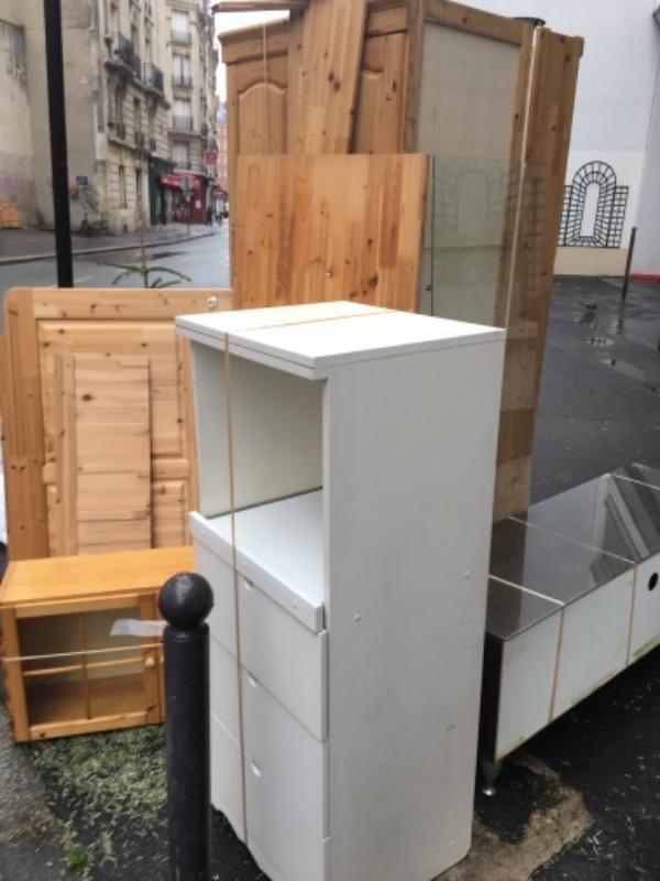 Recyclage, Récupe & Don d'objet : bueau, placard, Étagère