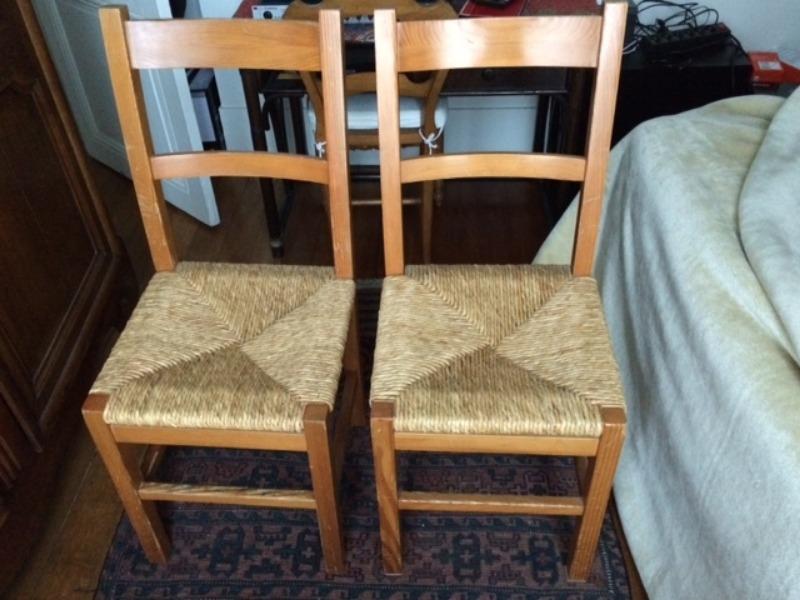 Recyclage, Récupe & Don d'objet : 3 chaises de cuisine en pin massif