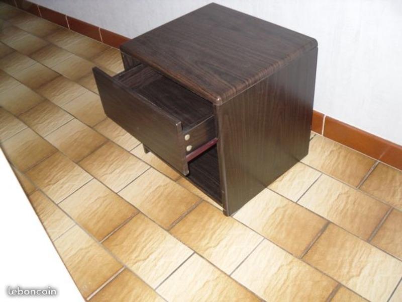 Recyclage, Récupe & Don d'objet : 2 tables de chevets