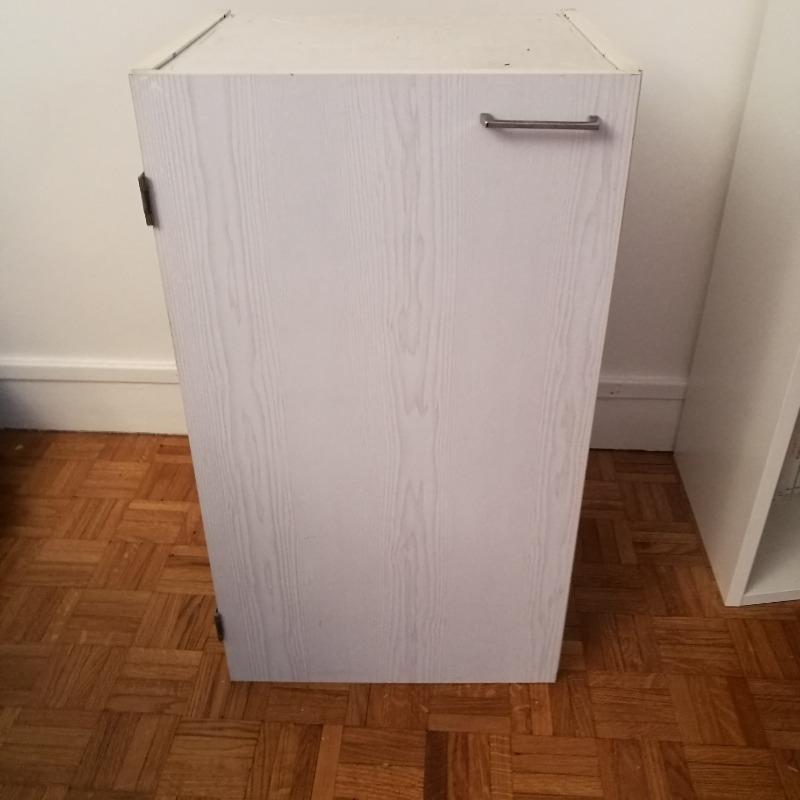 Recyclage, Récupe & Don d'objet : petit meuble salle de bains