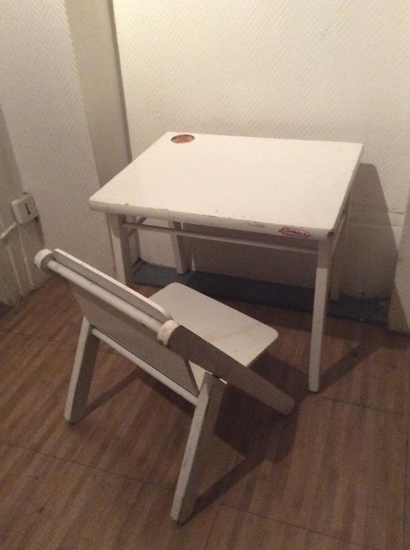 Recyclage, Récupe & Don d'objet : bureau et chaise d'enfant