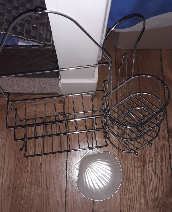 Recyclage objet r cupe objet donne ustensiles de salle de bain r cup rer paris 15eme - Ustensile de salle de bain ...