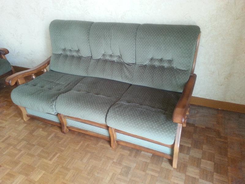 Recyclage, Récupe & Don d'objet : canapé 3 places bois et velours