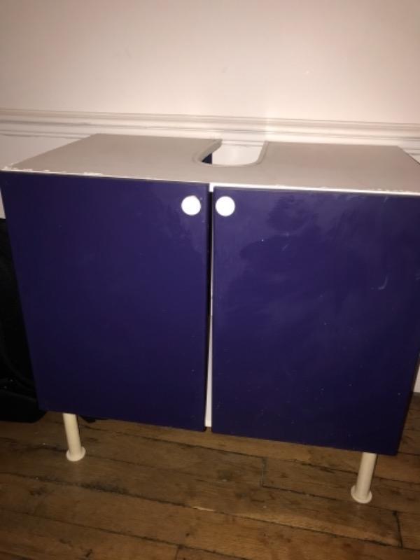 Recyclage, Récupe & Don d'objet : meuble sous lavabo