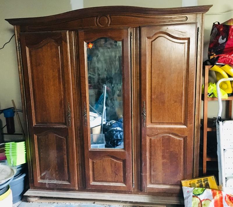 Recyclage, Récupe & Don d'objet : armoire 3 portes en bois