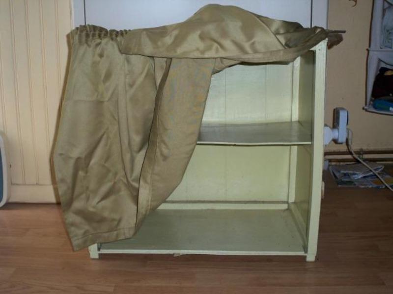 Recyclage, Récupe & Don d'objet : meuble à chaussures en bois