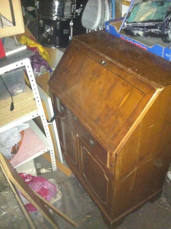 Recyclage, Récupe & Don d'objet : ancienne secretaire bureau de pente