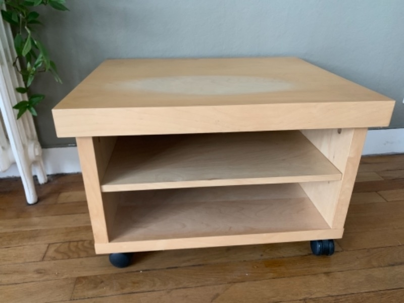 Recyclage Objet Recupe Objet Donne Petit Meuble Tv Ikea A