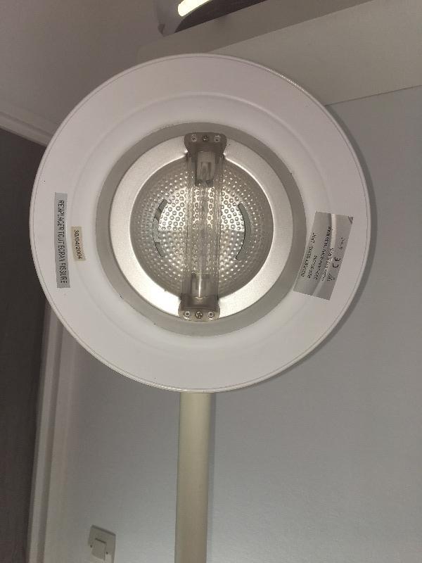 Recyclage, Récupe & Don d'objet : lampadaire halogène