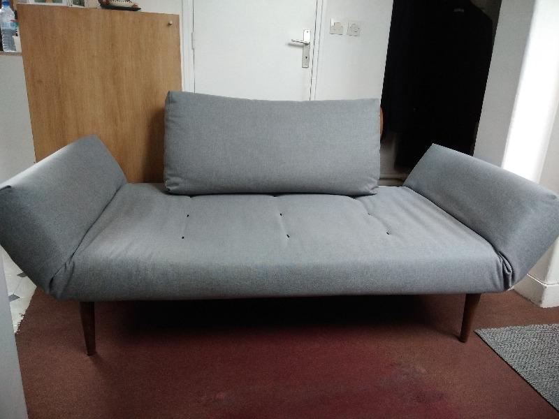 Recyclage, Récupe & Don d'objet : canapé lit gris