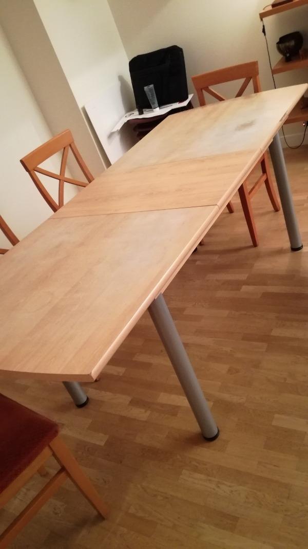 Recyclage, Récupe & Don d'objet : table rectangulaire avec rallonge - 6 à 8 pers