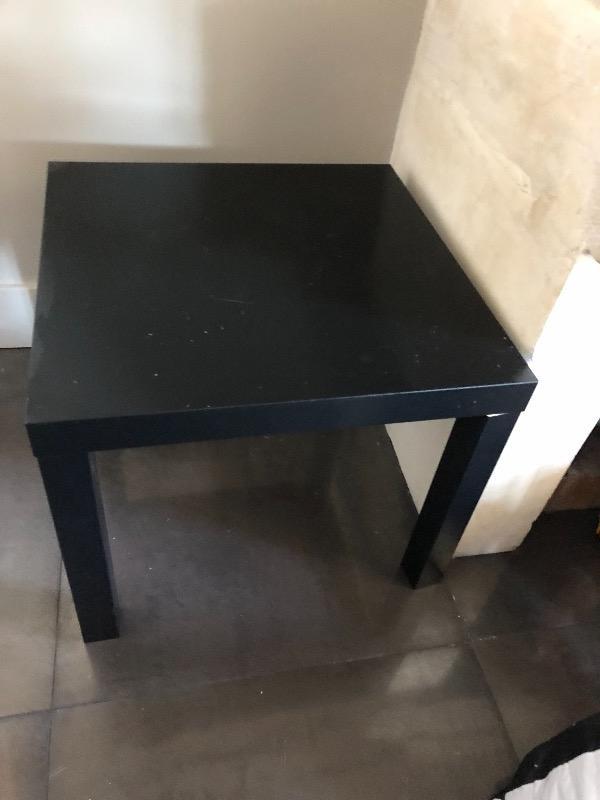Recyclage, Récupe & Don d'objet : petite table basse noire - ikea