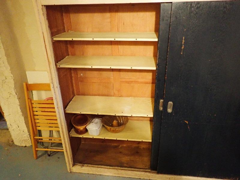 Recyclage, Récupe & Don d'objet : armoire en bois