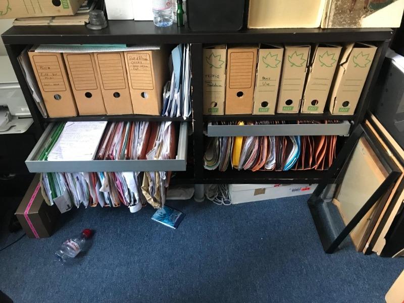 Recyclage, Récupe & Don d'objet : meuble bas de rangement bureau