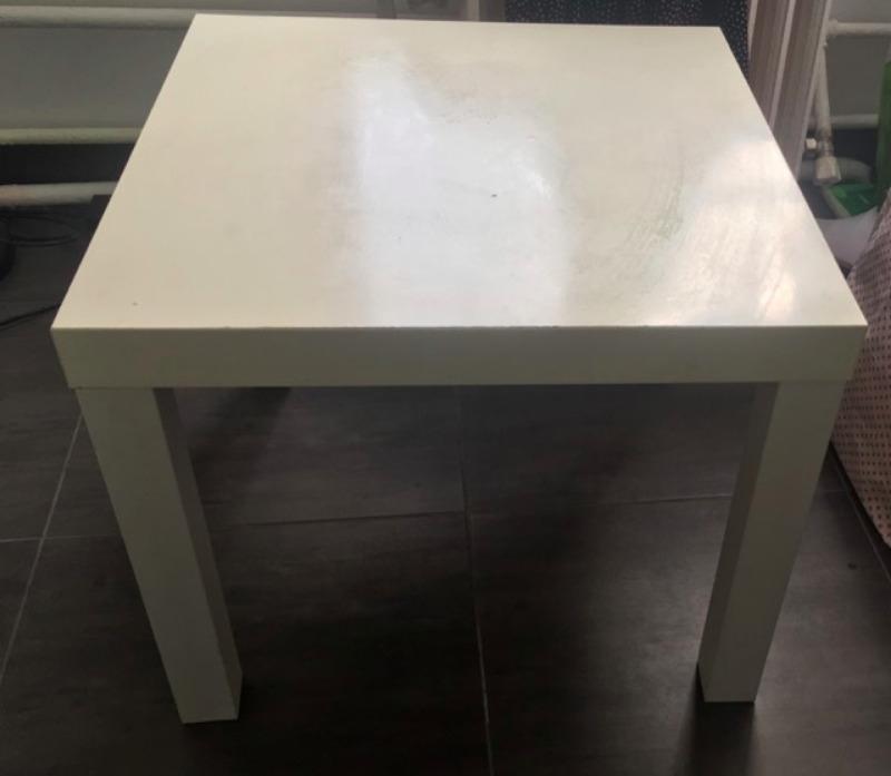Recyclage, Récupe & Don d'objet : petite table basse blanche