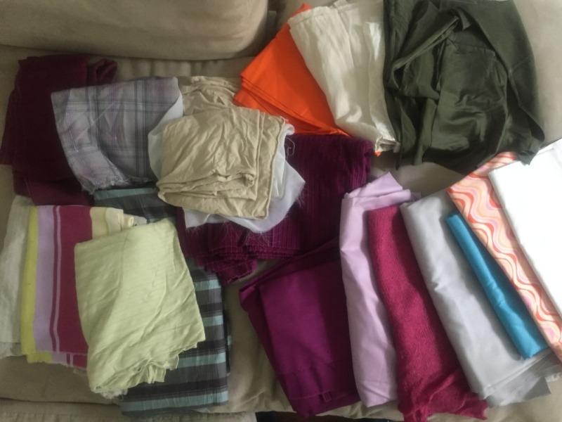 Recyclage, Récupe & Don d'objet : lot de tissus variés