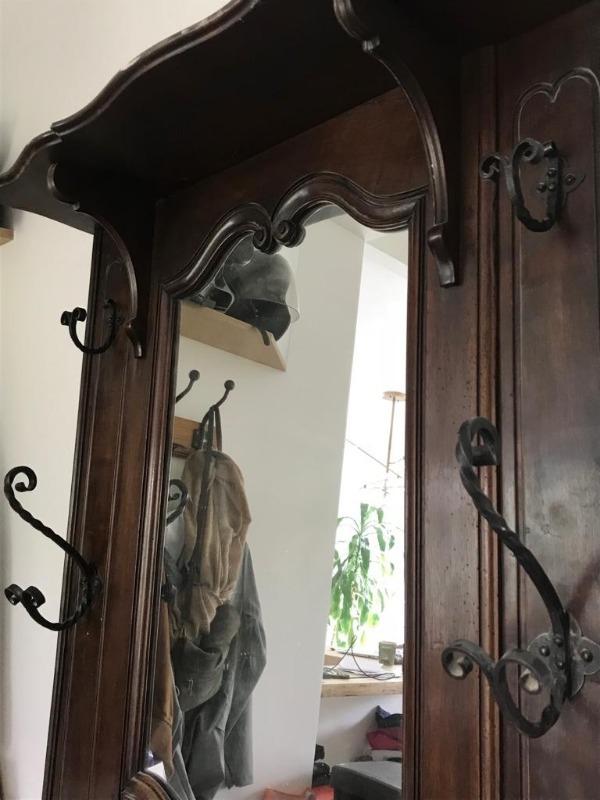 Recyclage, Récupe & Don d'objet : meuble d'entrée-vestibule ancien en bois a...