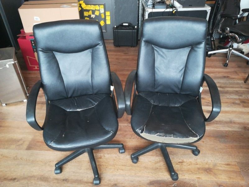 recyclage objet r cupe objet donne 2 fauteuils de. Black Bedroom Furniture Sets. Home Design Ideas